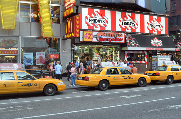 New York Taxi Advertising: Top Rules For Effective Full Wrap Taxi Advertisement